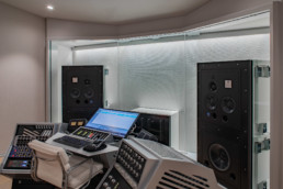 Custom Design - Sterling Sound Edgewater, NJ, U.S.A.
